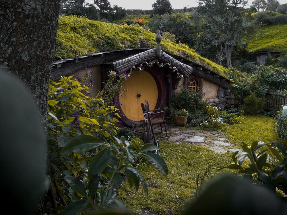 Set de Senhor dos Anéis durante o dia, na Nova Zelândia