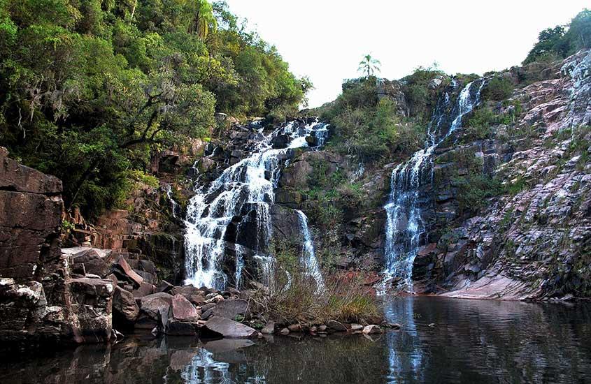 Cachoeira em Caçapava do Sul, durante o dia