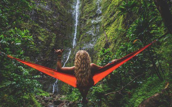 como viajar sozinha