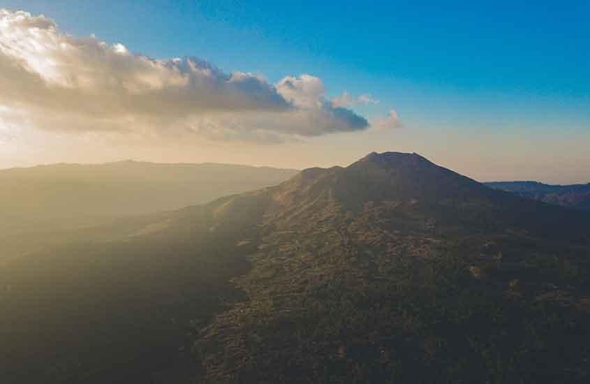 vulcão da Indonésia