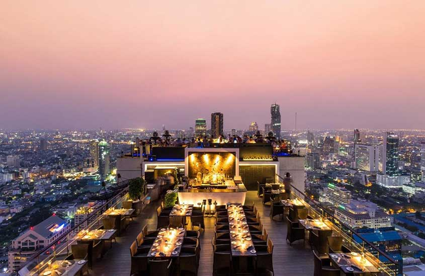 terraço de Banyan Tree, um dos melhores hoteis em bangkok tailandia