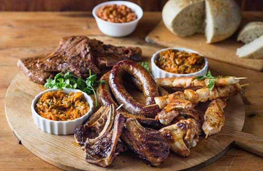 salsichas, uma das principais comidas típicas da África do sul