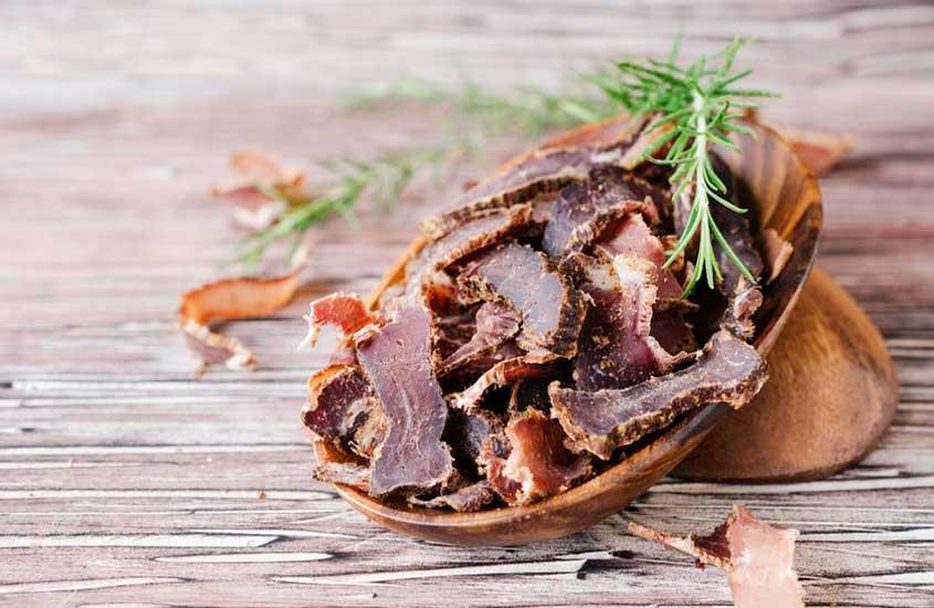 Biltong, carne que é uma das comidas típicas da África do sul