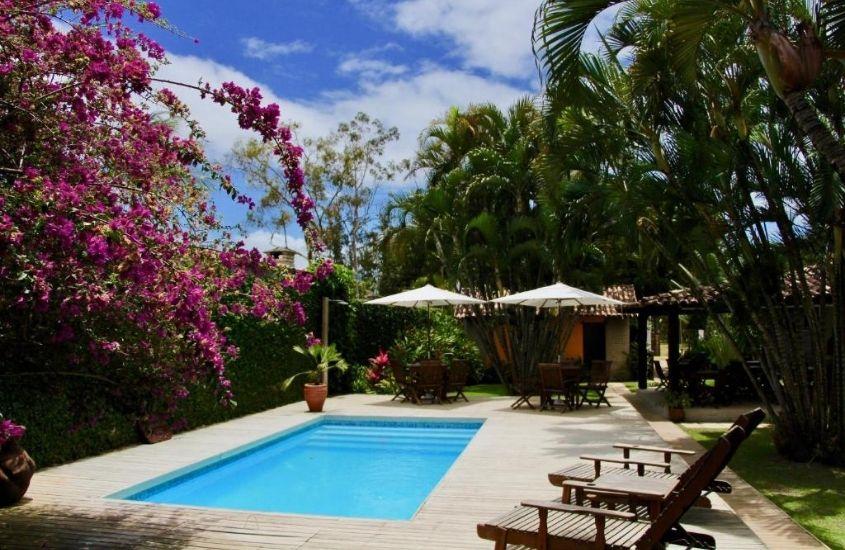 piscina em área de lazer de Pousada El Capitan, um lugar para ficar em barra grande na bahia
