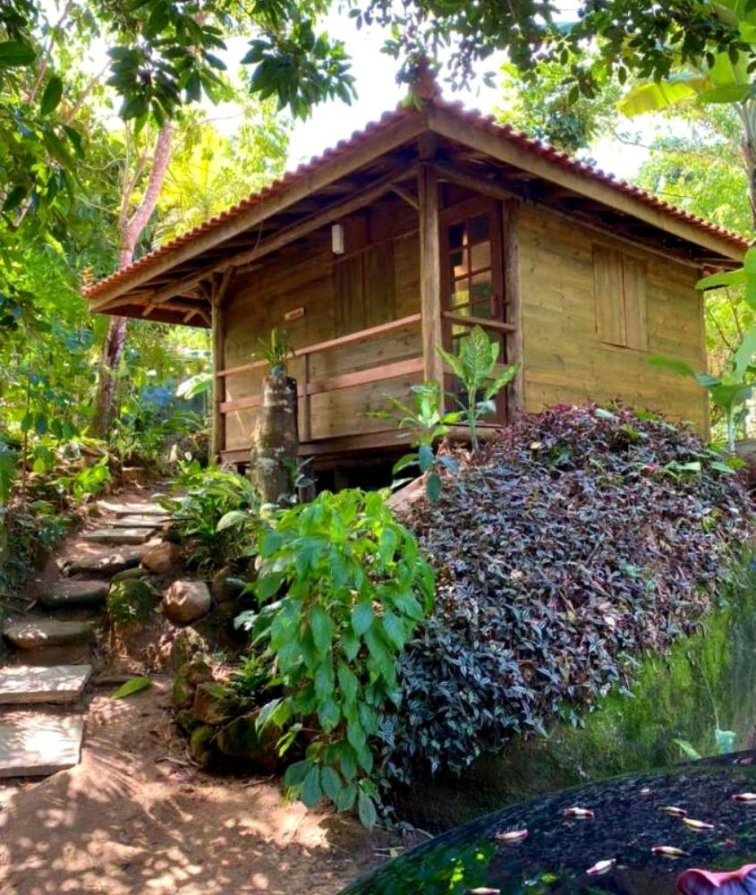 Chalé no meio da natureza em Pousada Jungle Bali, uma opção para quem busca onde ficar em Trindade