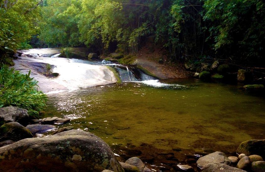 Cachoeira do Escorrega, uma ótima atração pra quem busca o que fazer em Sana